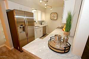 More Details about MLS # 5470326 : 4615 N 22ND STREET #105