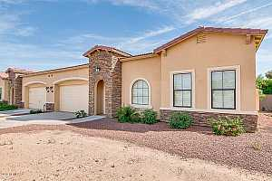 More Details about MLS # 5473915 : 837 W REAGAN WAY