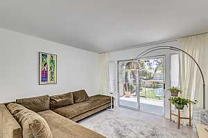 MLS # 5803902 : 520 CLARENDON UNIT FA2