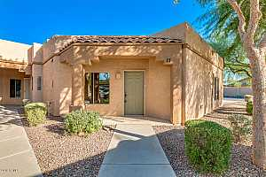MLS # 5827446 : 8800 107TH UNIT 17