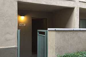 MLS # 5842572 : 815 ROSE UNIT 109