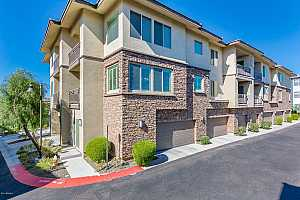 MLS # 5846682 : 17850 68TH UNIT 2187