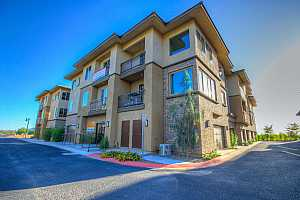 MLS # 5849734 : 17850 68TH UNIT 2160