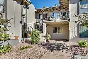 MLS # 5849588 : 4041 CAMELBACK UNIT 4
