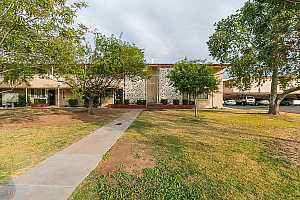 MLS # 5854722 : 6109 12TH UNIT 8