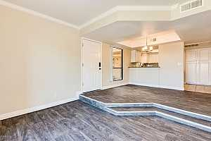 MLS # 5865434 : 3329 DANBURY UNIT F104