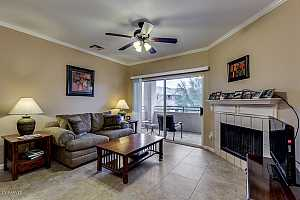 MLS # 5867200 : 16013 DESERT FOOTHILLS UNIT 2002