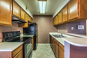 MLS # 5866951 : 10610 48TH UNIT 2047