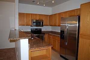 More Details about MLS # 5884878 : 17223 N CAVE CREEK ROAD #4