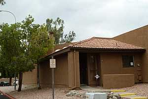 MLS # 5882977 : 3228 GLENDALE UNIT 166