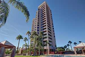 MLS # 5882559 : 1040 OSBORN UNIT 904