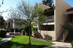 MLS # 5897589 : 5525 THOMAS UNIT B7