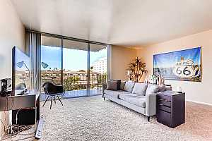 MLS # 5906648 : 207 CLARENDON UNIT D2