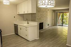 MLS # 5911492 : 5525 THOMAS UNIT R8