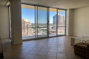 MLS # 5899279 : 207 CLARENDON UNIT G15