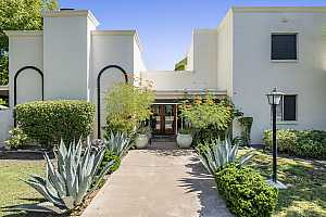 More Details about MLS # 5988620 : 1303 W GLENDALE AVENUE