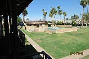 MLS # 5989177 : 2408 CAMPBELL UNIT 320