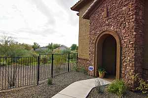 MLS # 6044388 : 2425 W BRONCO BUTTE TRAIL #1022