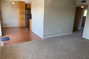 More Details about MLS # 6058543 : 1819 N 40TH STREET #B8