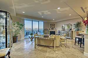 MLS # 6100386 : 2211 E CAMELBACK ROAD #506
