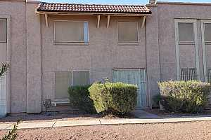 MLS # 6074052 : 8224 N 32ND AVENUE