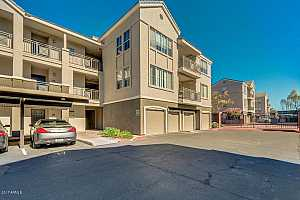 MLS # 5686062 : 909 CAMELBACK UNIT 2002