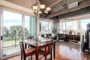 MLS # 5697803 : 1 LEXINGTON UNIT 309