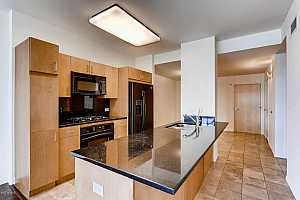 MLS # 5697661 : 4808 24TH UNIT 303