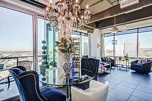 MLS # 5723107 : 1 LEXINGTON UNIT 1209