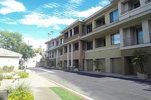 MLS # 5792484 : 2989 44TH UNIT 2016
