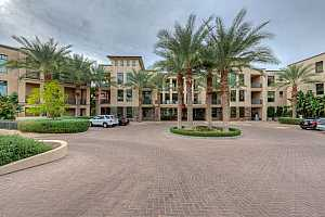 MLS # 5802326 : 8 BILTMORE UNIT 308