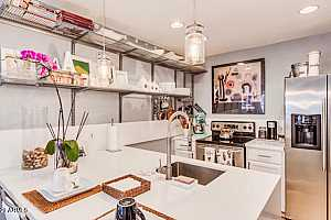 More Details about MLS # 6189268 : 3235 E CAMELBACK ROAD #115