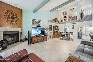More Details about MLS # 6237151 : 4006 E LUPINE AVENUE