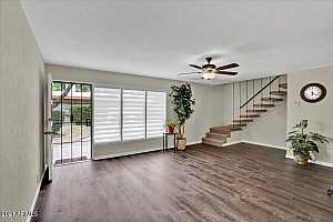 More Details about MLS # 6242335 : 1320 E BETHANY HOME ROAD #3
