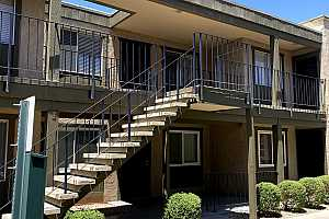 More Details about MLS # 6243319 : 2228 E CAMPBELL AVENUE #202