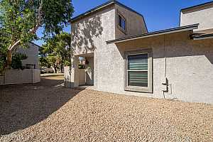 More Details about MLS # 6246131 : 15418 N 2ND WAY