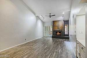 More Details about MLS # 6249749 : 11614 N 40TH WAY