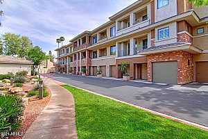 More Details about MLS # 6254435 : 2989 N 44TH STREET #3005