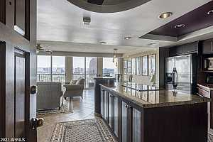More Details about MLS # 6256653 : 2323 N CENTRAL AVENUE #1702