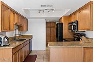 More Details about MLS # 6278326 : 3807 N 30TH STREET #38
