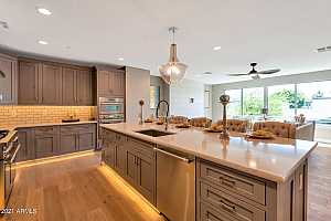 More Details about MLS # 6282010 : 4525 N 40TH STREET #8