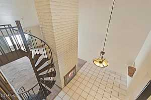 More Details about MLS # 6285615 : 1336 E MARYLAND AVENUE #11