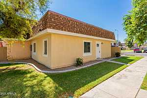 More Details about MLS # 6297092 : 8211 N 33RD LANE