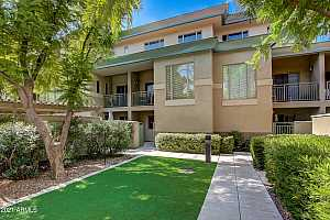 More Details about MLS # 6307024 : 815 E ROSE LANE #104