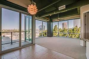 MLS # 5616584 : 1 LEXINGTON UNIT 403