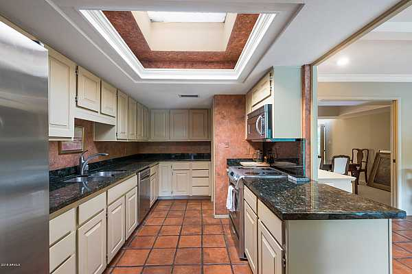 Photo #8 Extended Cabinetry