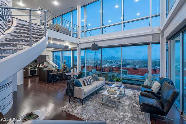 Photo #1 Outstanding Penthouse Residence