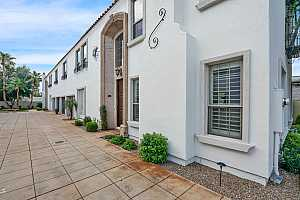 Browse active condo listings in MISSOURI PALMS