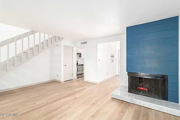 Photo #4 Fireplace & Family Room