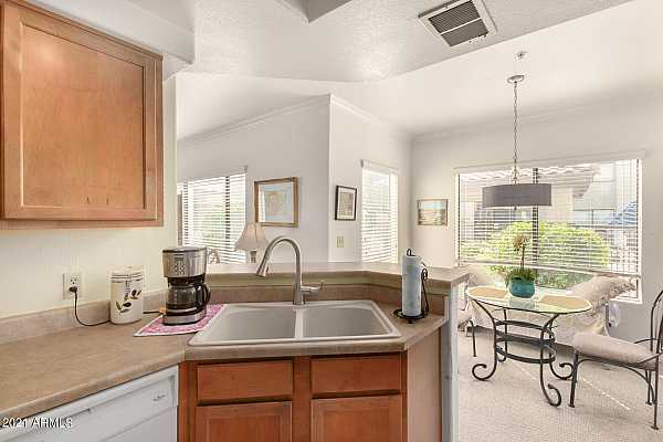 Photo #9 750 E Northern Kitchen and Dining Room -